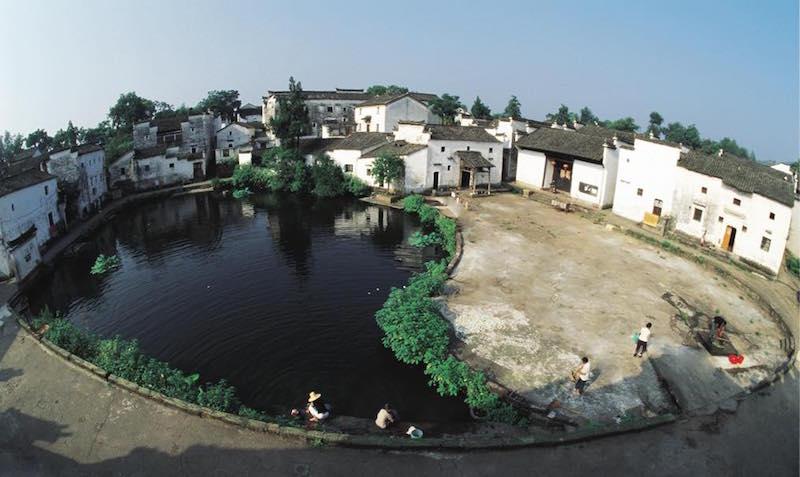 中国浙江省金华市兰溪诸葛八卦村-Bell Pond, Zhuge Bagua village, Lanxi, Jinhua, Zhejiang, China